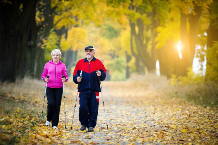 Terapia de estimulação da medula espinhal pode ajudar pacientes com Parkinson avançado