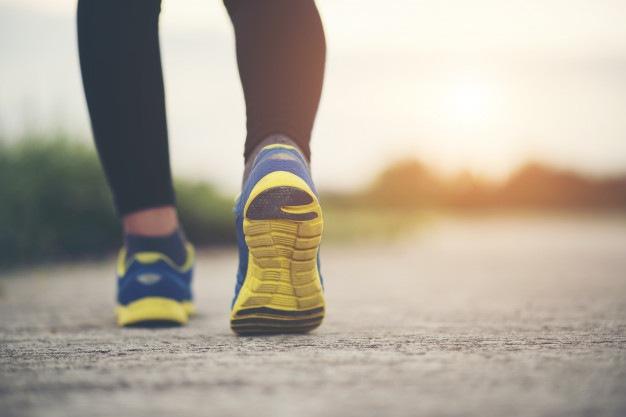 Corrida e caminhada podem espalhar coronavírus num raio de até 10 metros