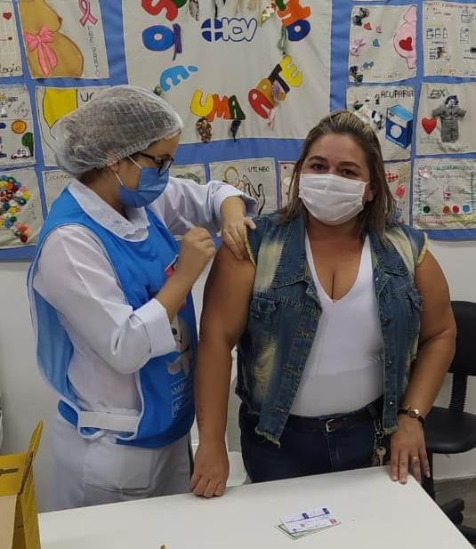 Mais de 13,6 mil pessoas já receberam a primeira dose da vacina contra a Covid-19 na Capital